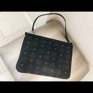 💯 MCM handbag